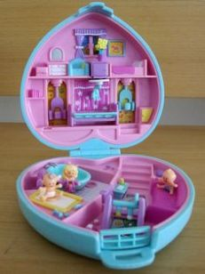 polly pocket _