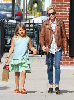michelle-williams-daughter-matilda-celebrate-33rd-birthday-new-york__opt